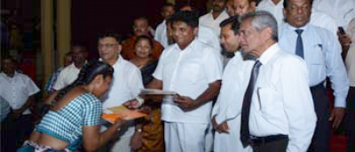 Hon. Minister Sajith Premadasa distributed financial grants among housing beneficiaries in Kandy District